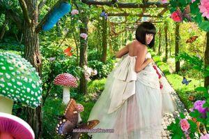 Nikki-minaj-garden-butterfly