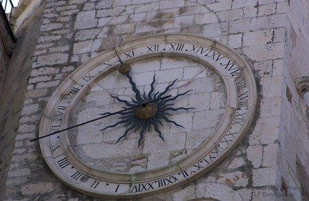 Split_Horloge