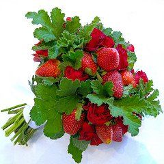 strawberry_bouquet_designer_co_op