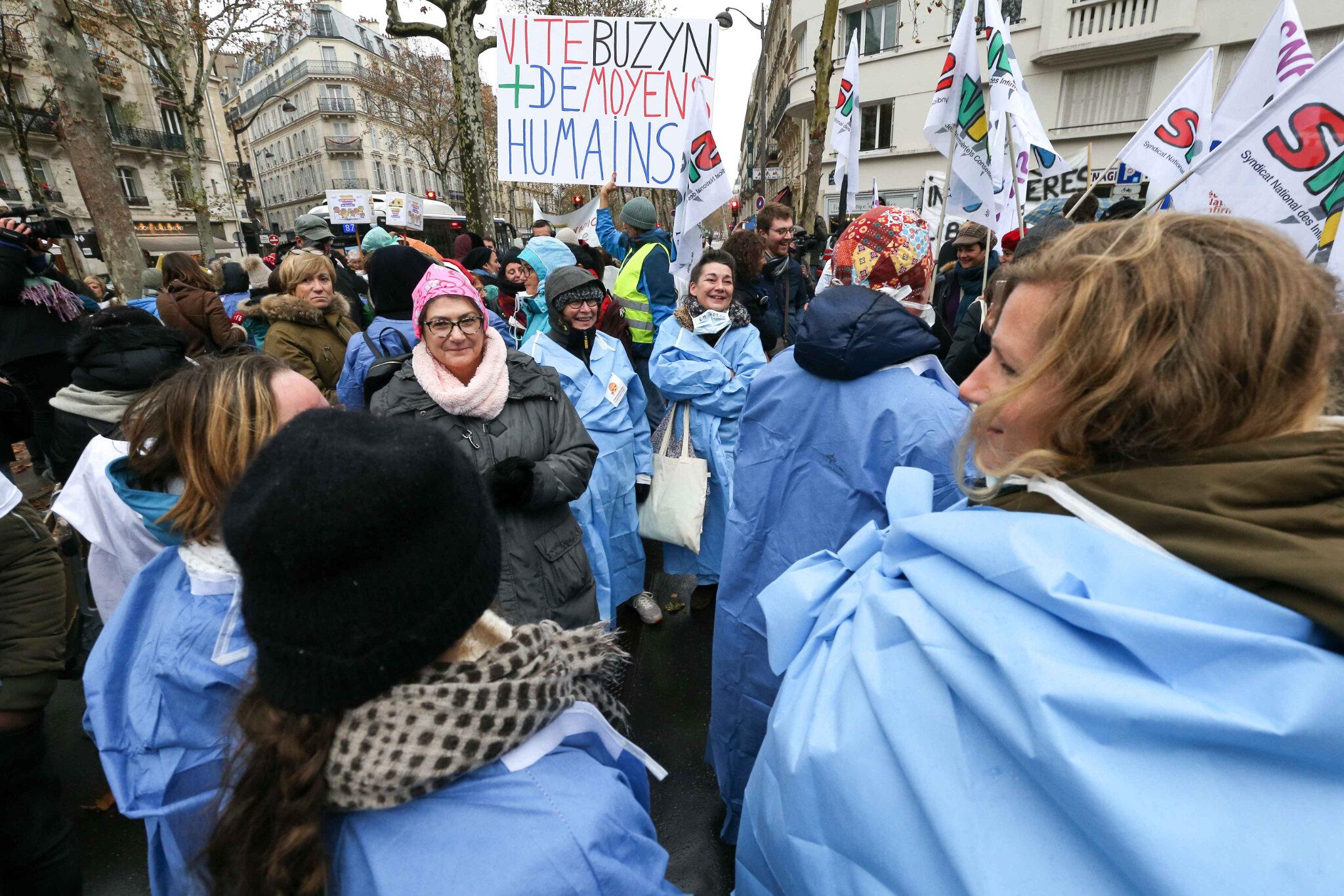 Les infirmiers en grève pour une meilleure reconnaissance. © Michel Stoupak. Mar 20.11.2018, 14h09m16.