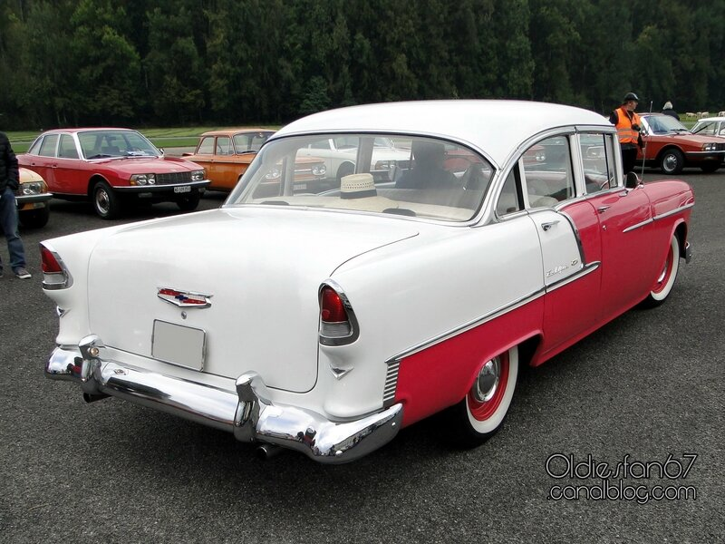 chevrolet-bel-air-sedan-1955-02