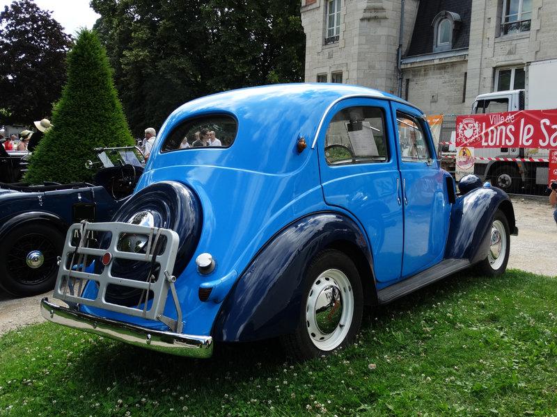 SIMCA 8 1100 berline 1940 Lons le Saunier (2)