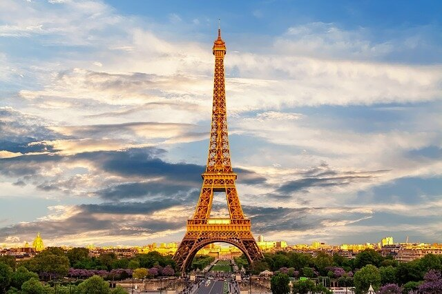 eiffel_tower_3349075_640