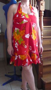 robe_viscose_rouge_fleuri_003