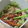 Salade de vermicelles de riz, fenouil et poulet