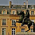Statue équestre de Louis XIV, place des Victoires.