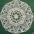 Art du fil : deux napperons au crochet