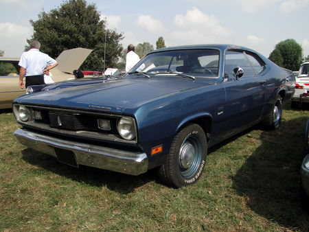 PLYMOUTH Duster Fastback Coupe 1971 Nesles Retro Expo 2009 1