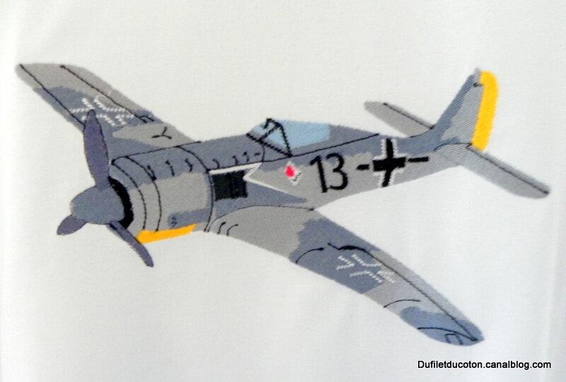 avion guerre gros plan
