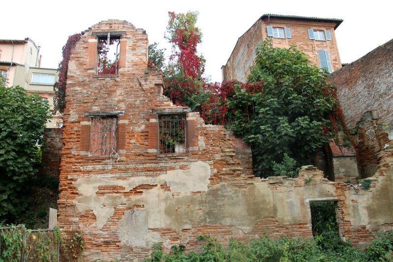 Ruines avenue de la Garonnette
