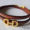 Bracelet Cavalière doré double (brun) - 24 €
