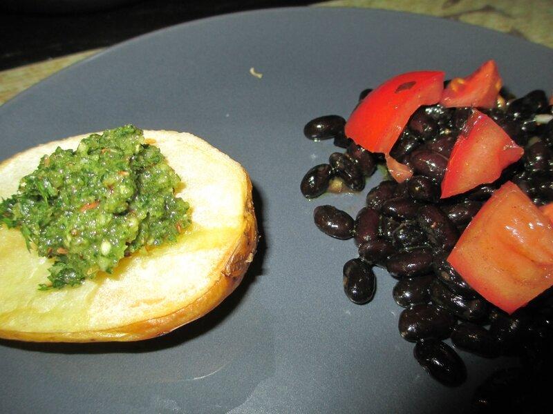 pomme-de-terre-pesto-haricot-noir