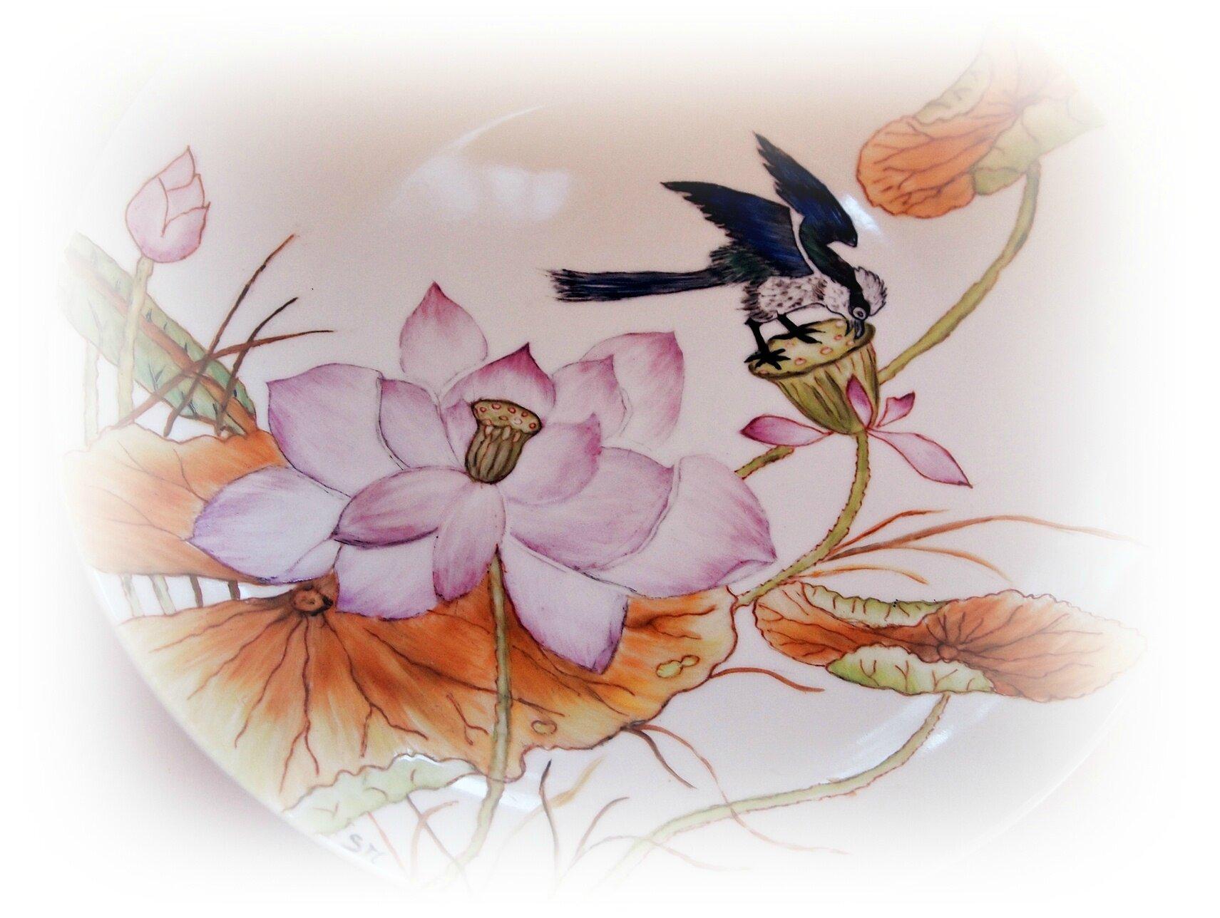 Tuto Peinture Sur Porcelaine un pas a pas en image pour ce plat lotus reve de porcelaine