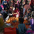 vente de clémentines 50 roupie le kg (0,45 €)