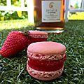 Macarons à la fraise et gelée au ratafia de champagne