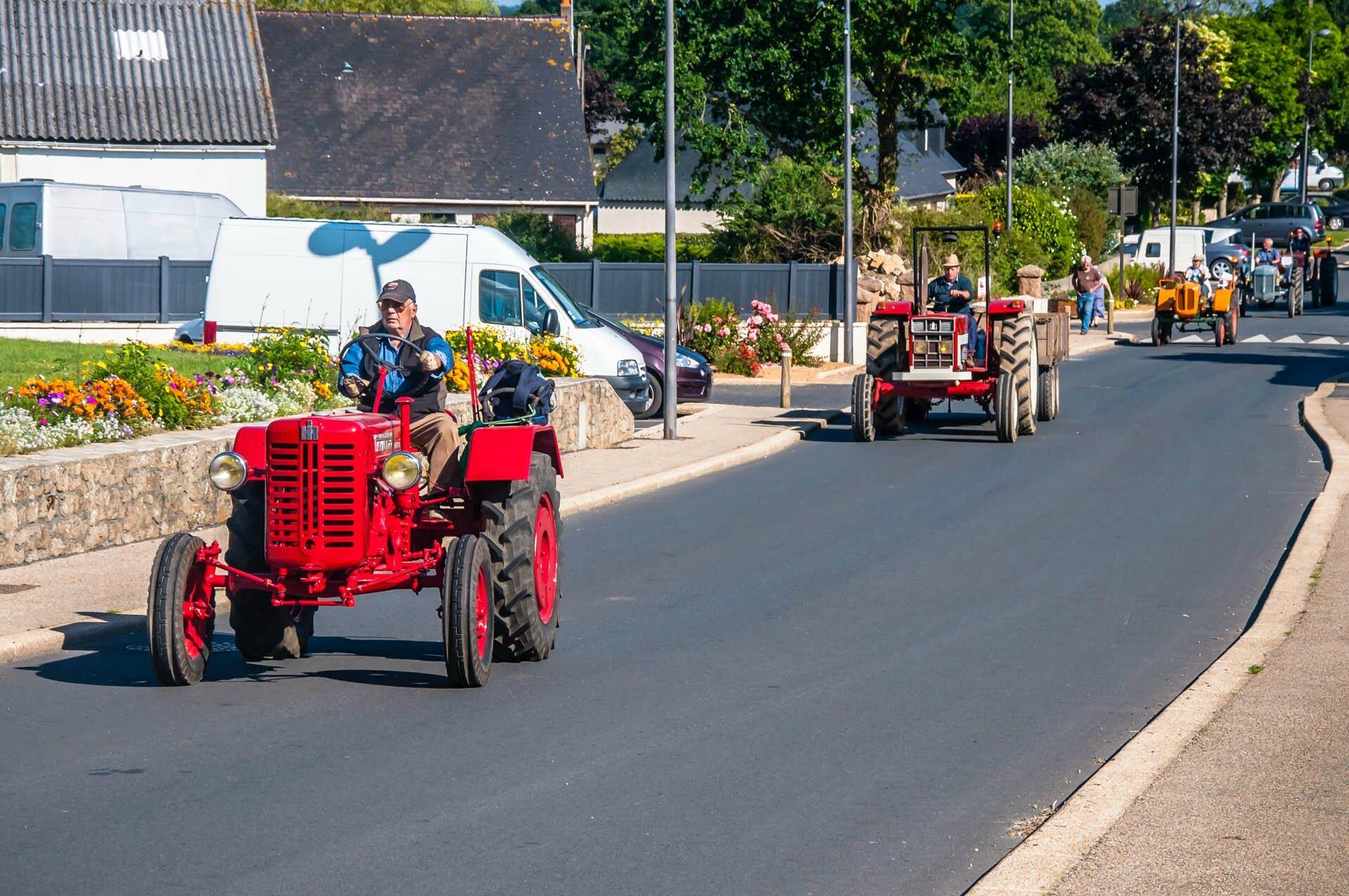 140614_183114_pluzu_tracteurs
