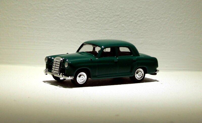 Mercedes 180 de 1953 (Grell)