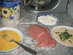escalope de volaille panée à l'anglaise aux spaghettis et coulis 001
