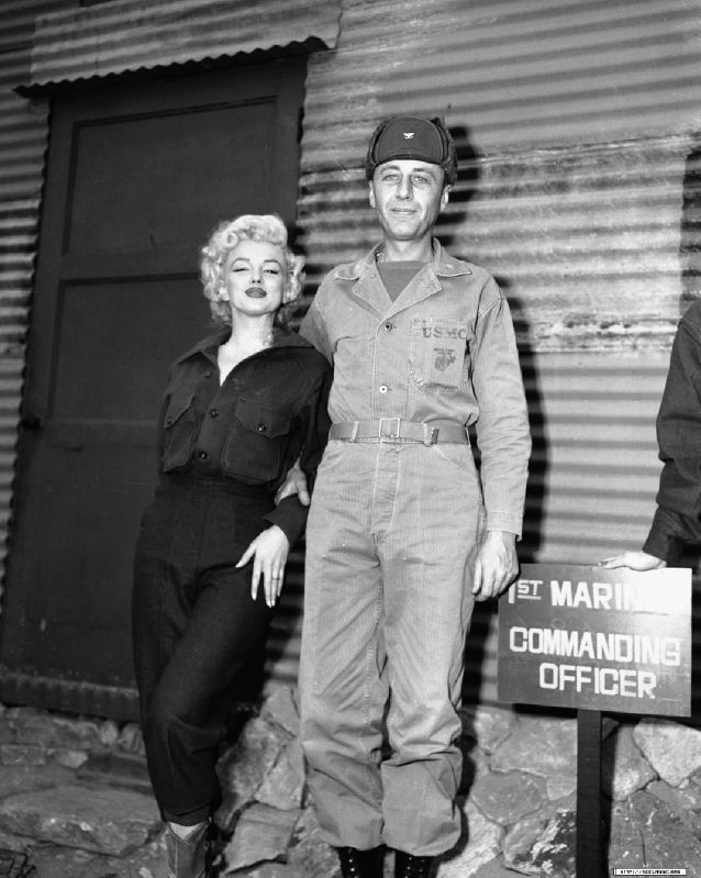1954-02-16-4_base_1st_marine_division-kaki-with_col_william_K_jones-by_walt_durrell-1