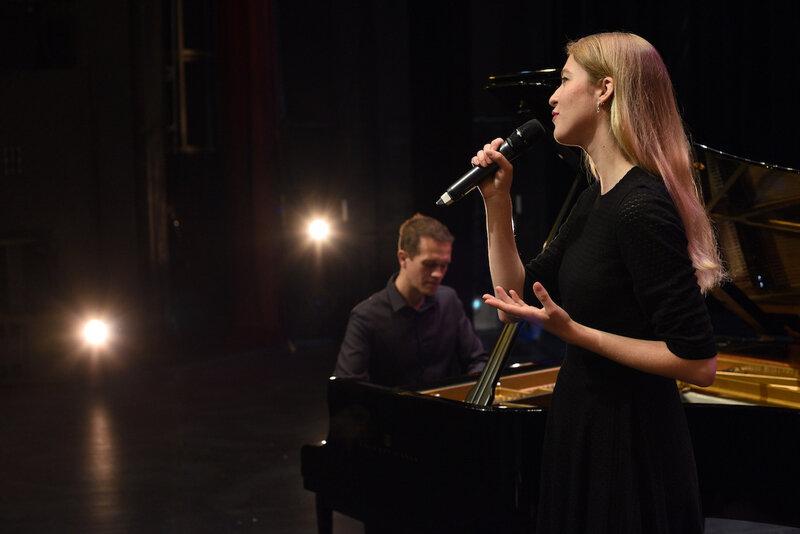 duo chant & piano pour messe de mariage •animatrice liturgique •chant choral •musique d'église •chant de messe •Le Mans Tours Angers Rennes Saint Malo Saint Nazaire Nantes Noirmoutier Beauvais