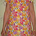 Fleurs des tropiques sur ma tunique flashy