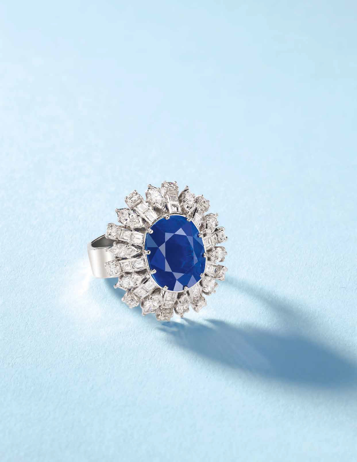 96b50559e508a Discovered Kashmir Sapphire Leads Bonhams Jewellery Sale in Hong ...
