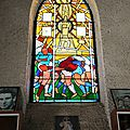 Larrivière-Saint-Savin, Notre-Dame-du-Rugby, vitrail