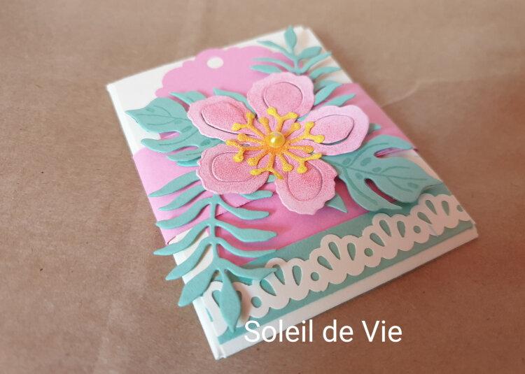 202006-SoleildeVie-QSMSJuin-Botanicalblooms