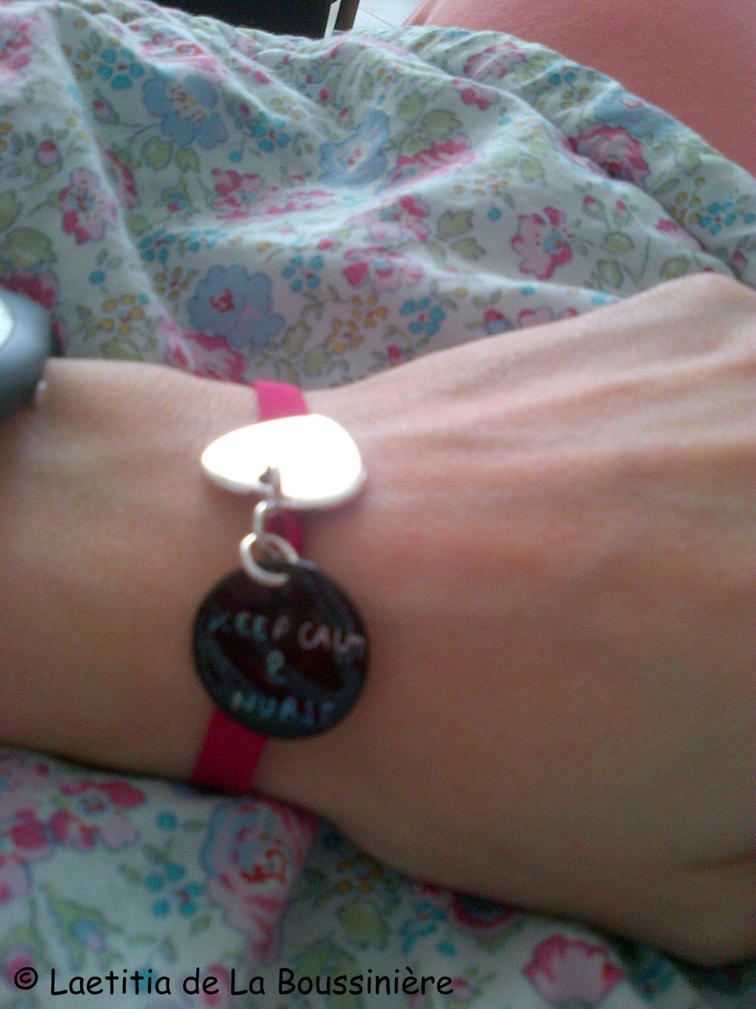 Bracelet d'allaitement coeur en plaqué argent et médaille en nacre