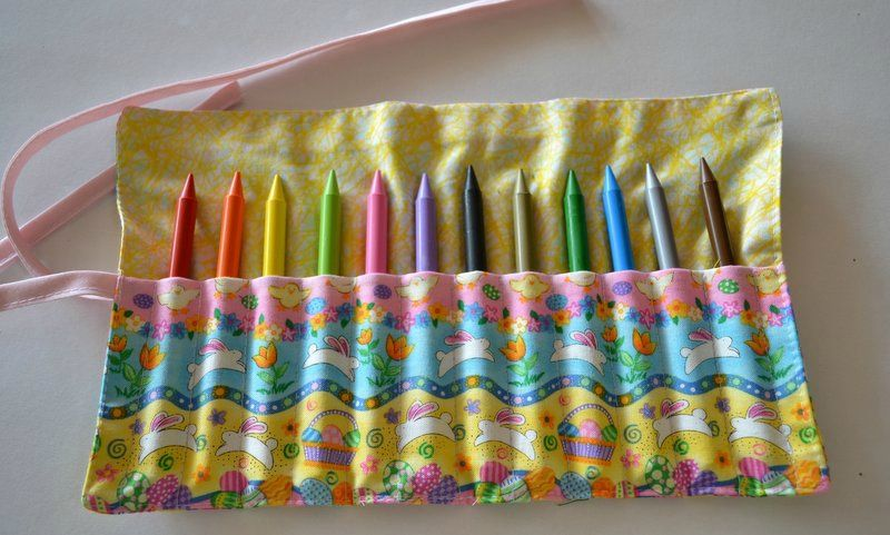 trousse crayons petits lapins micky des tissus de la couture. Black Bedroom Furniture Sets. Home Design Ideas