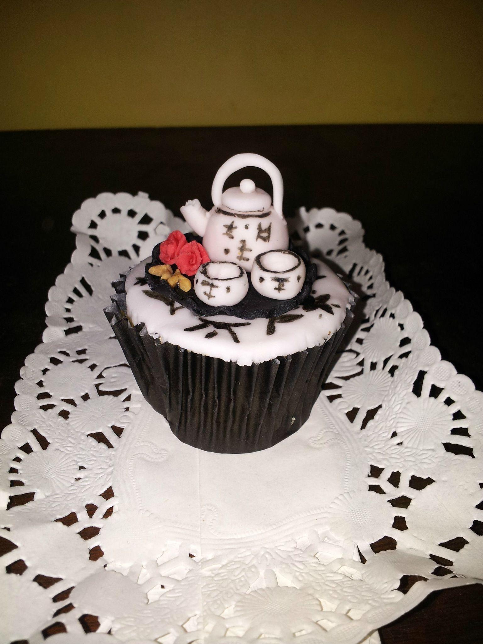 Petit thé entre amis sur cupcake