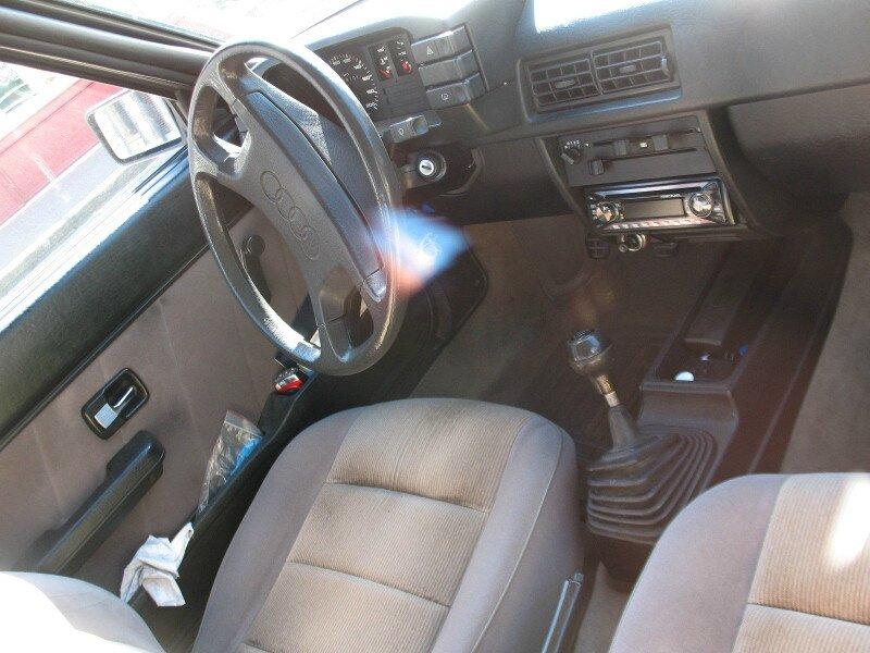 Audi80B2p2int