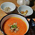Soupe à l'ail et à la tomate