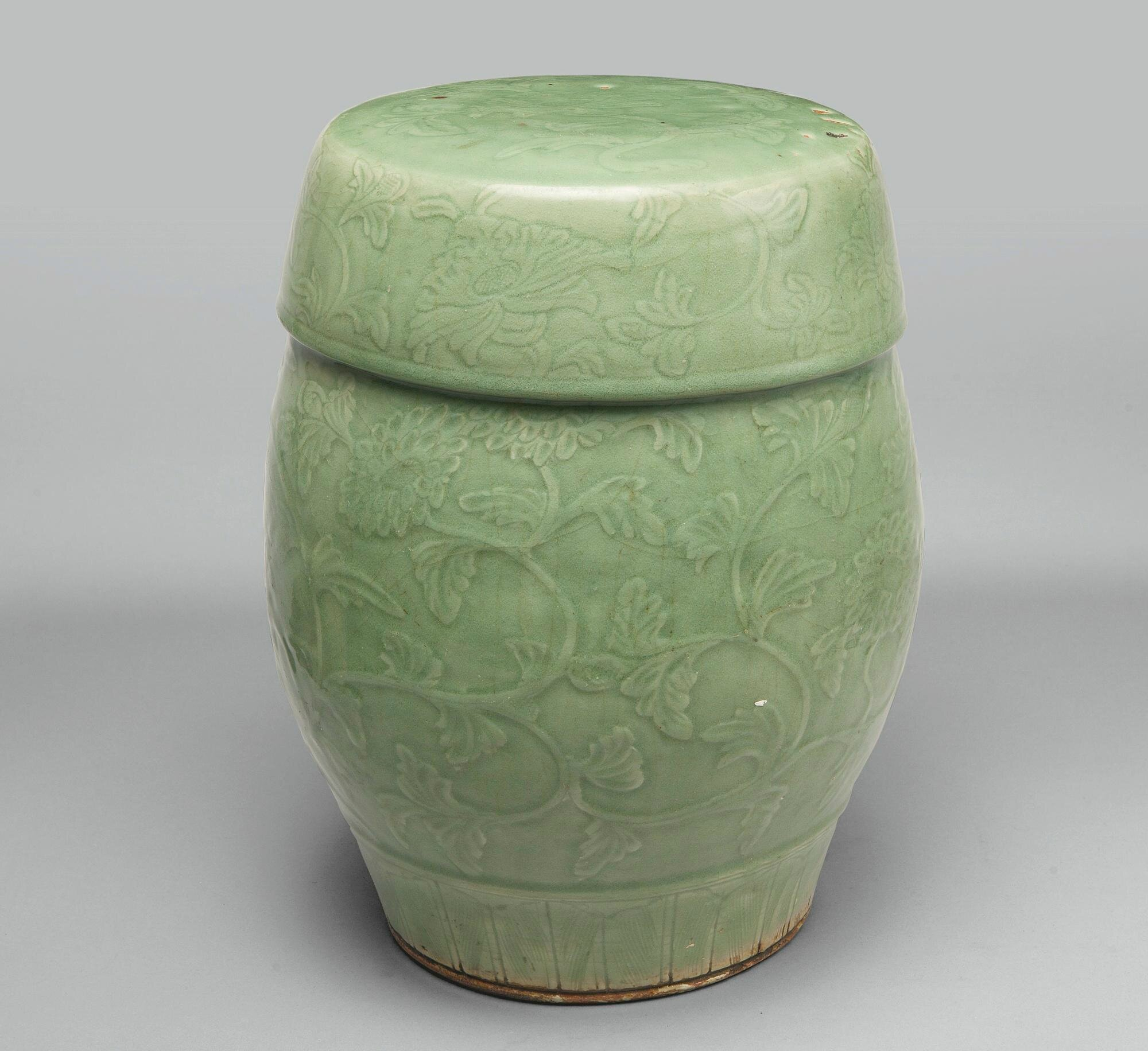 A 'Longquan' celadon garden seat, Late Ming dynasty