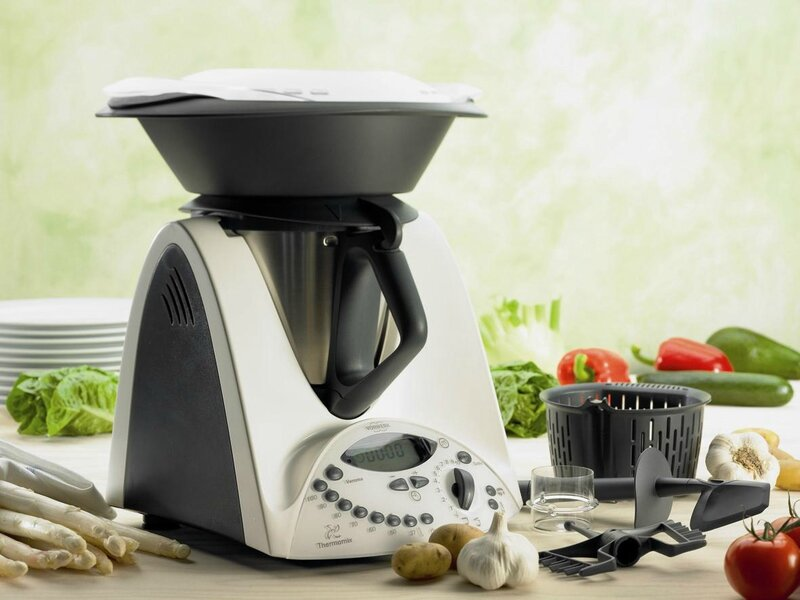 Thermomix-with-New-Varoma