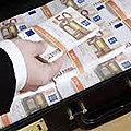 Valise magique d'argent valise magique explication du grand marabout puissant et reconnu voyant delidji