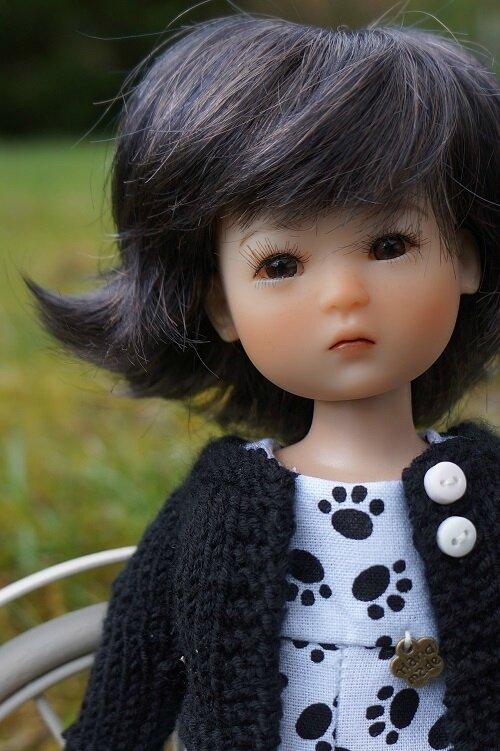 Un jour une poupée - Mia Ruby Red -