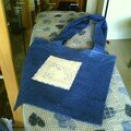 sac en jeans et chat brodé (échange)