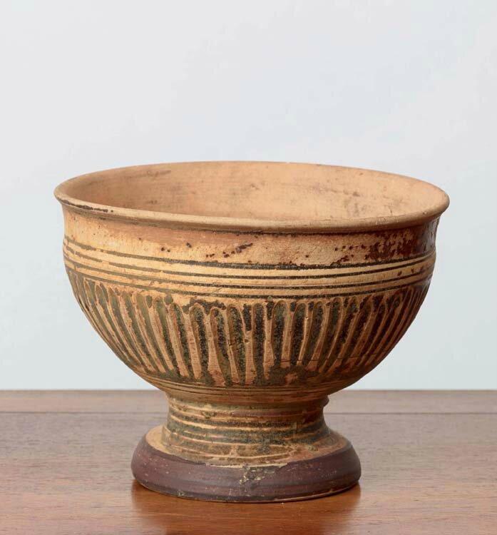 Coupe sur pied, Vietnam, dynastie des Trần, 13-14° siècles