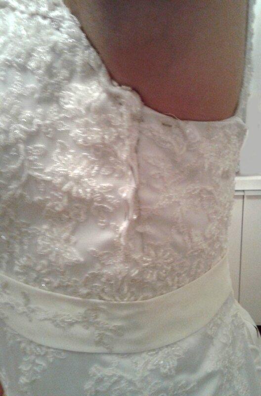 Robe de mariée Estelle côté bustier