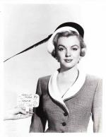 1951-04-05-LoveNest-test_hat-mm-020-1