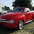Chevrolet ssr (super sport roadster)-2004