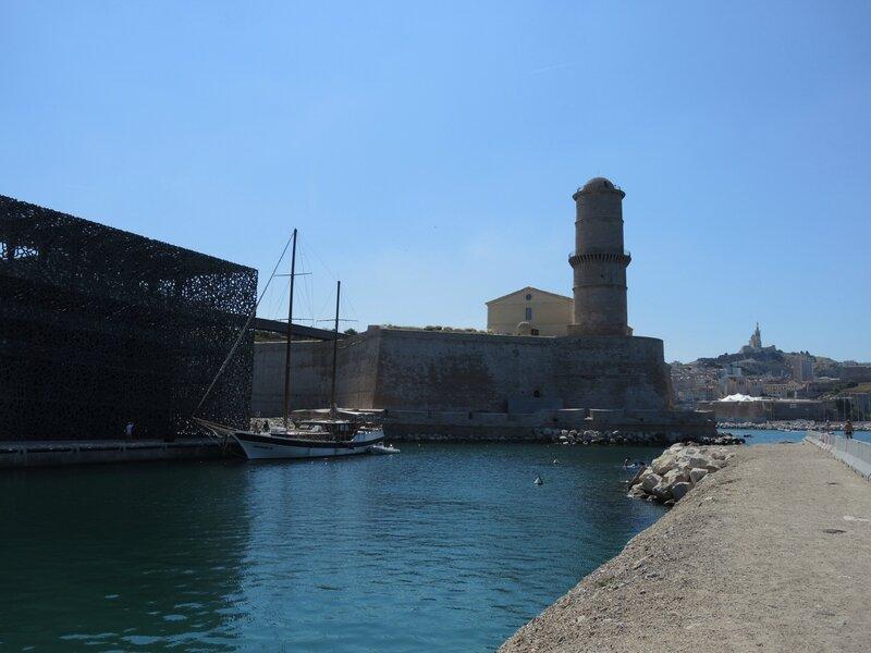Marseille, le Mucem, Fort Saint-Jean et Notre-Dame-de-la-Garde (13)