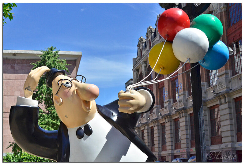 _Argentine_166_homme_ballons