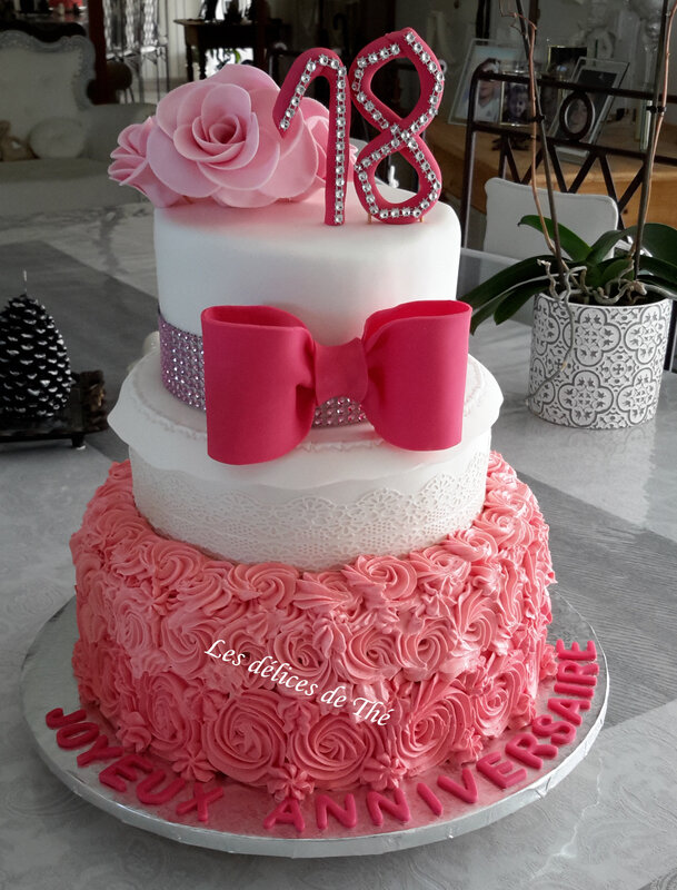 Wedding cake curd fraise framboise choco blanc génoise 24 08 18 (34) - Copie