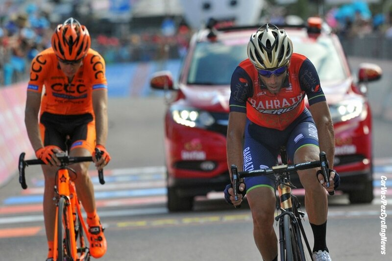 giro17st19-nibali-finish-920
