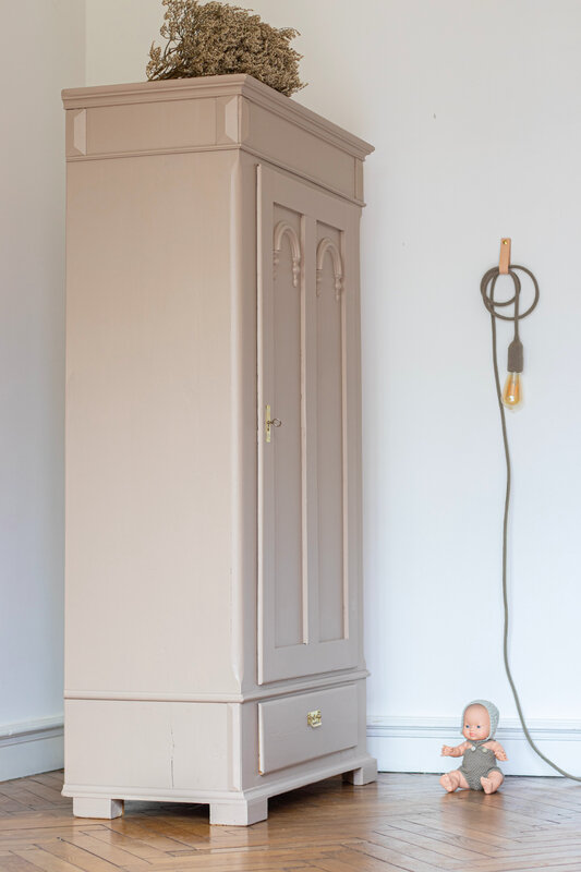 armoire-vintage-chambre-enfant-TRENDY-LITTLE