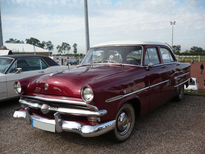 FORD Customline 4door Sedan 1953 Créhange (1)