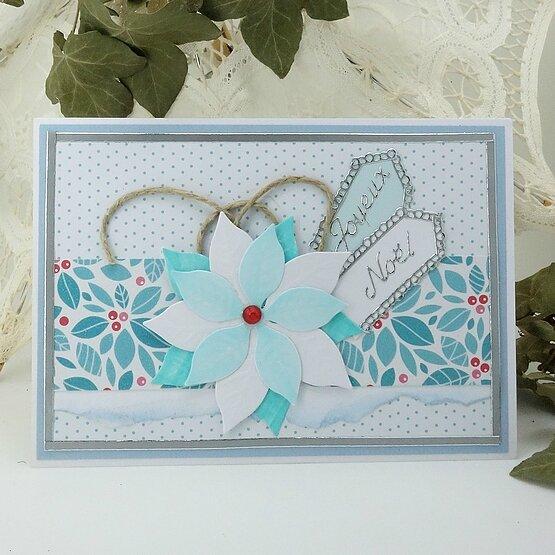 carte-noel-poinsettia-blanc-bleu