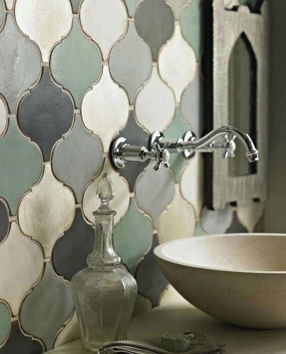 d4c4980e8c52a99ff6cd668e1ea04b3d--ideas-for-bathrooms-tile-bathrooms
